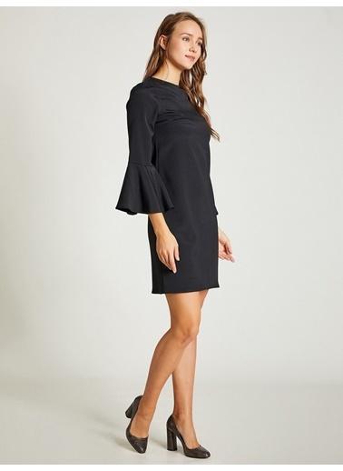 Vekem-Limited Edition Kolları Volanlı Mini Saten Elbise Siyah